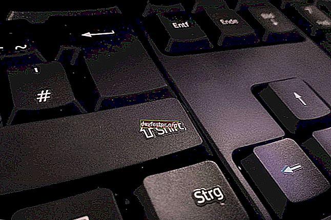 كيفية إصلاح مفتاح Shift لا يعمل على الكمبيوتر