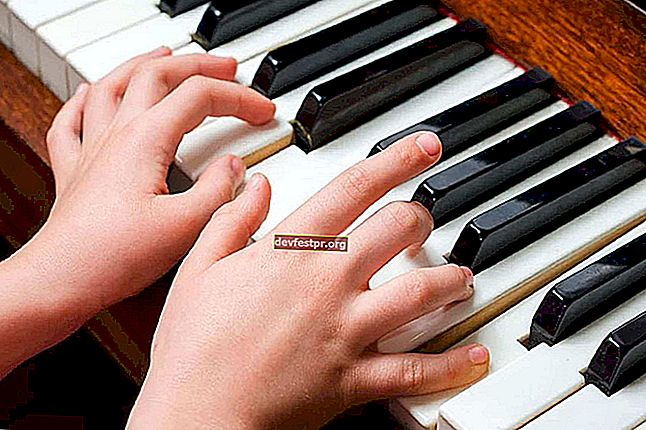 6 software piano virtual terbaik